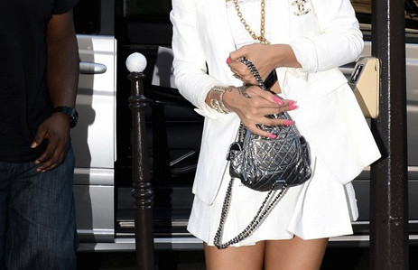 Rhianna In Chanel Total Lokk