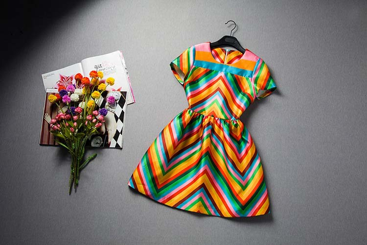 New-Arrival-2015-Women-s-O-Neck-Short-Sleeves-Rainbow-Striped-Printed-High-Street-Fashion-Runway