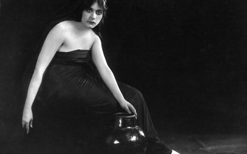 sin-theda-bara-1915