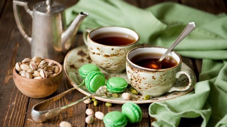 macarons tea time