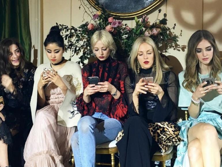you-digital-fashion-influencer-revolution-770x580