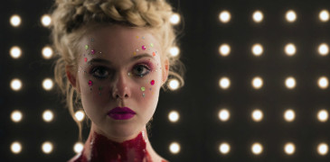 The-Neon-Demon-2016-Nicolas-Winding