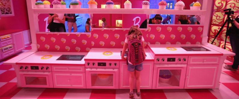 La casa dei sogni di barbie diventa realt for Progetti di casa dei sogni